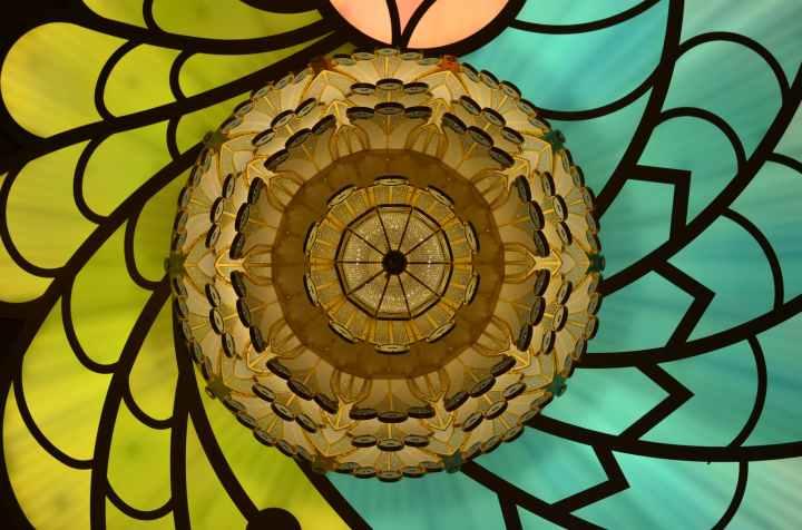 kaleidoscope-dream-illusion-abstract-38602.jpeg